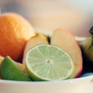 Hautbild verbessern Hautpflege Gute Vorsätze Frisches Obst Mineralstoffe und Vitamine